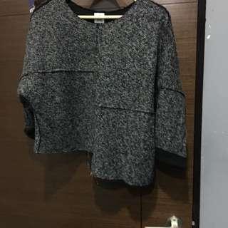 灰黑白混色衣服