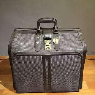 韓國老行李袋