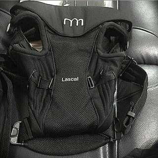 瑞典設計Lascal護腰嬰兒揹巾/背帶/可朝外/時尚黑/