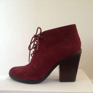 Steve Madden Oxblood Suede Booties Size 8.5