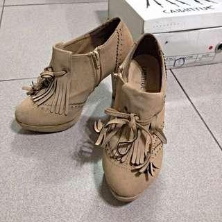 / 二手 / 駝色流蘇高跟踝靴