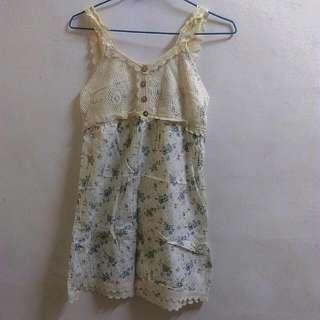 滿版小花蕾絲裝飾背心裙