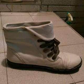 🎊二手🎊 白靴