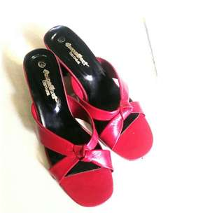 Excellent Red Sandals