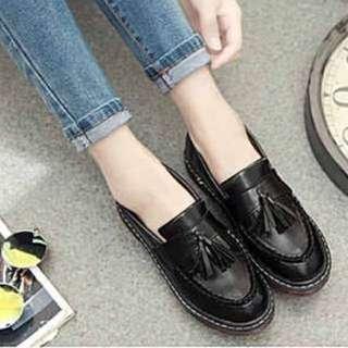 黑色流蘇鞋