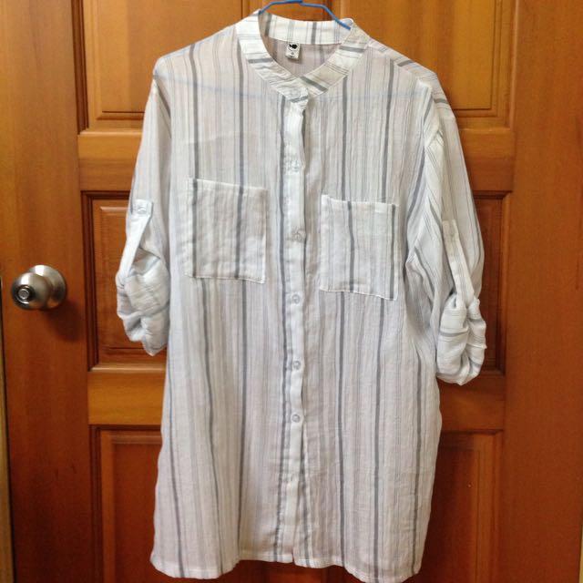 直條紋小立領棉麻料長版襯衫(灰)