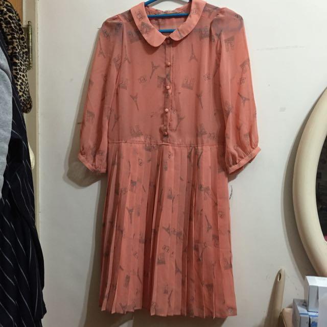 九成新✨巴黎鐵塔長裙