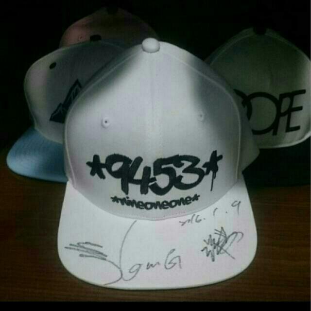 玖壹壹 9453 簽名帽
