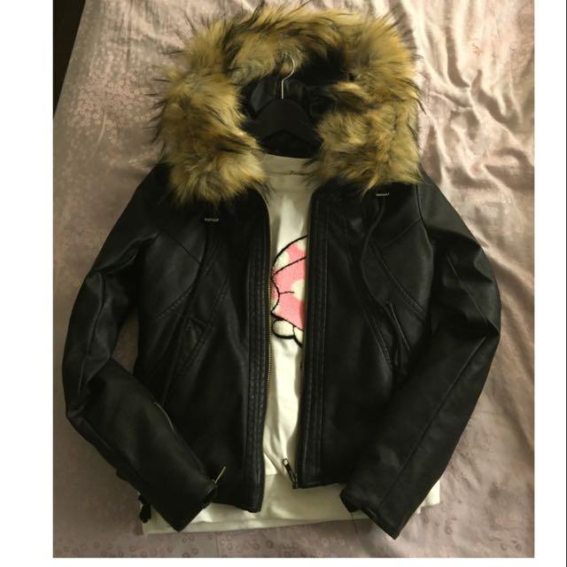 全新 黑色毛領可拆 皮外套