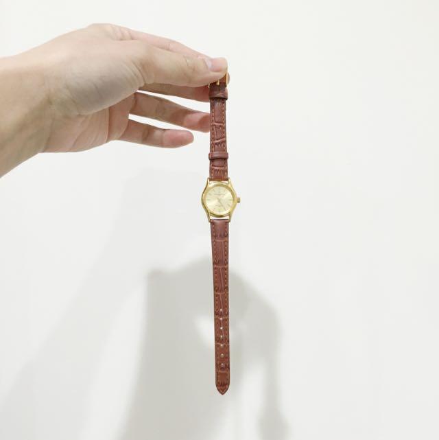 全新 僅試戴 Valentino Coupes 皮革手錶