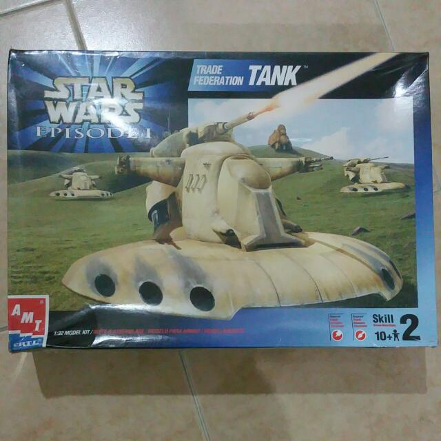 AMT Star Wars 1/32 Trade Federation Tank Model Kit