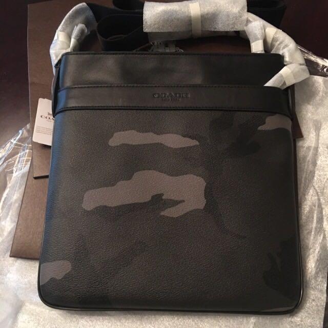 ... usa authentic new coach mens tech crossbody bag in bowery printed pvc  f71946 unique green camo ... 18ed2e94c6757