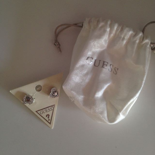 BRAND NEW Guess earings