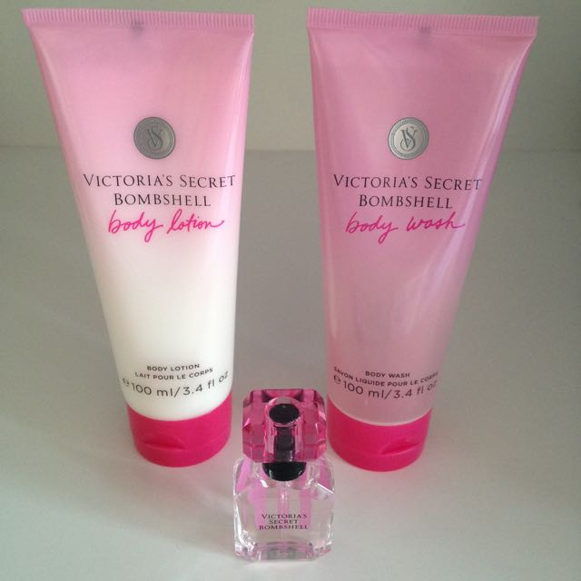 BRAND NEW Victoria's Secret Bombshell Set