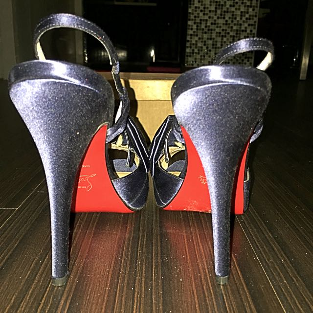 Gently Used Christian Louboutin Shoes Size 39 212b54922