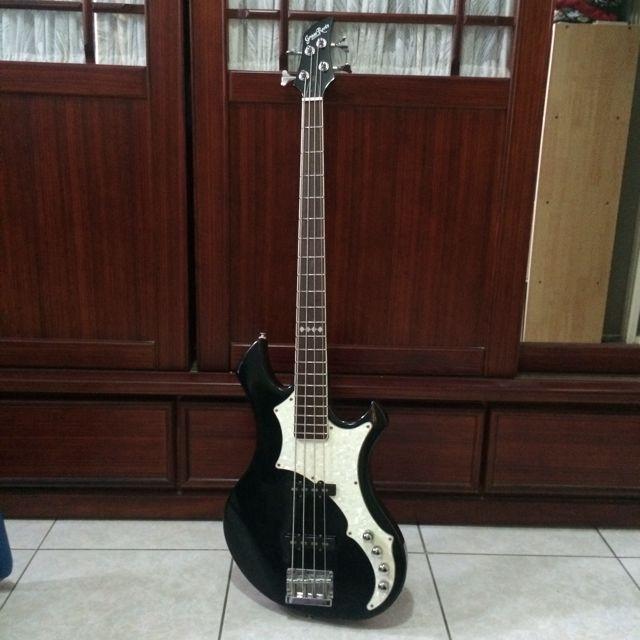 Grassroots G-RF-62 電貝司 Bass