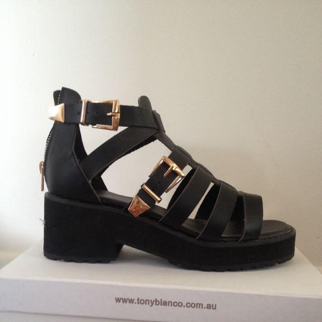 Never Worn Black Chunky Gladiator Sandals Size 8.5