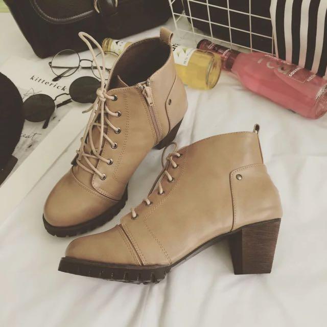二手✨RaigIsy 奶茶色騎士靴