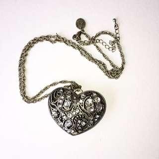 LOVISA  Steampunk Heart Necklace
