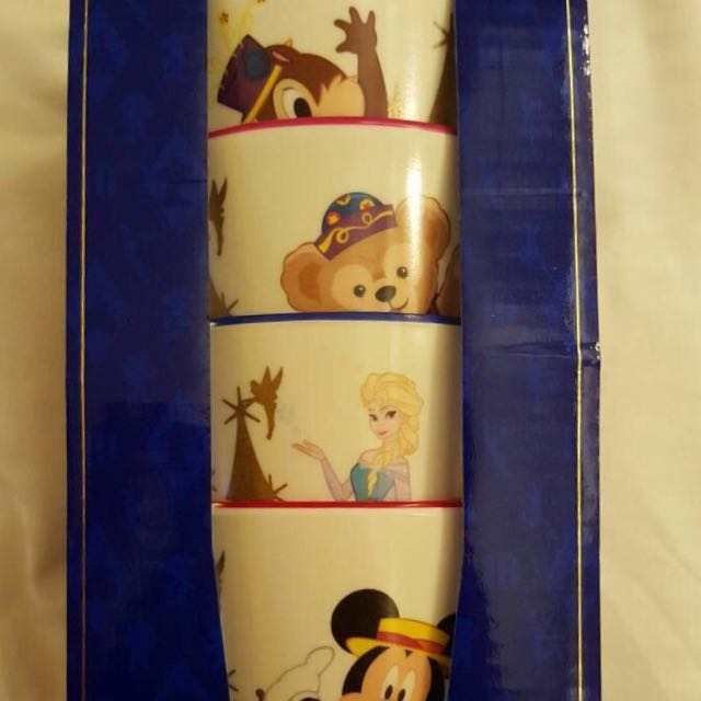迪士尼10週年紀念杯子四個唷