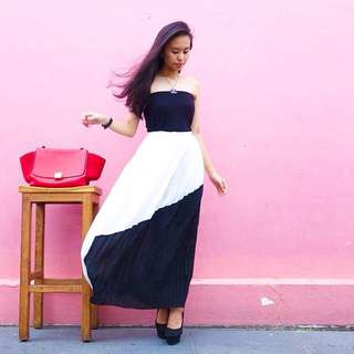 VGY Monochrome Pleated Skirt