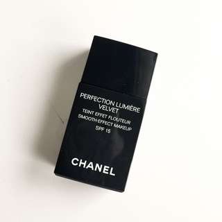 Chanel Perfection Lumiere Velvet 粉底液