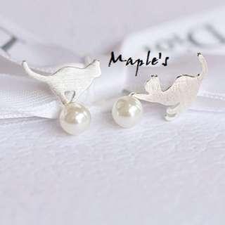 Maple's 925純銀 森女系磨砂霧面拉絲紋路珍珠玩耍貓咪耳環耳針耳釘 防過敏 抗敏感