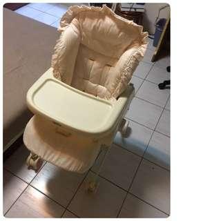 [二手] Aprica Nemyu STD 高低可調式餐椅 餐搖椅