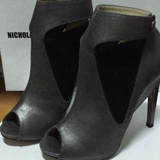 🚚 Nicholas Kirkwood露趾高跟鞋👠