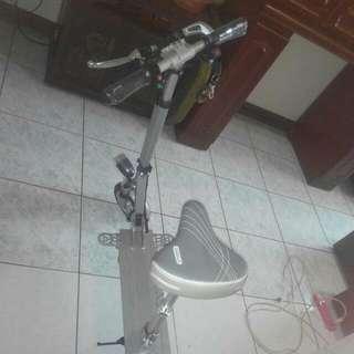 電動滑板折疊車(大降價)