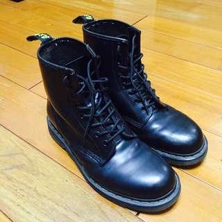 馬汀經典8孔靴