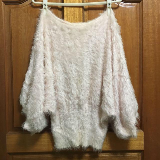 《二手》兔毛柔軟造型袖口上衣