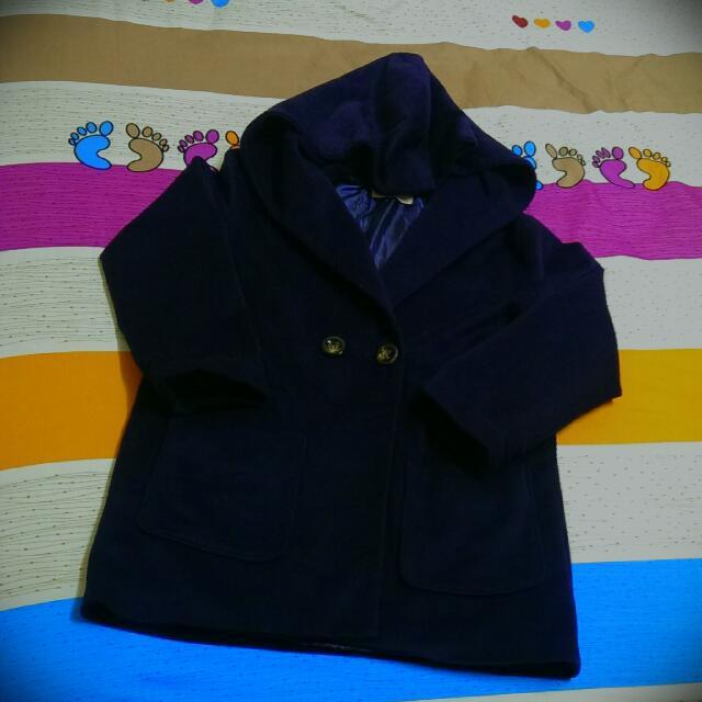 九成接近全新!!浪漫深紫色帽子造型大衣