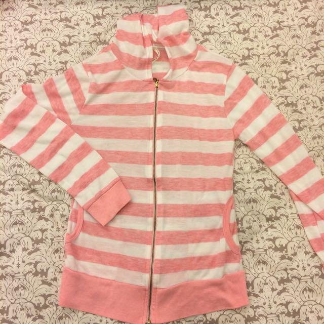 粉紅條紋連帽薄外套