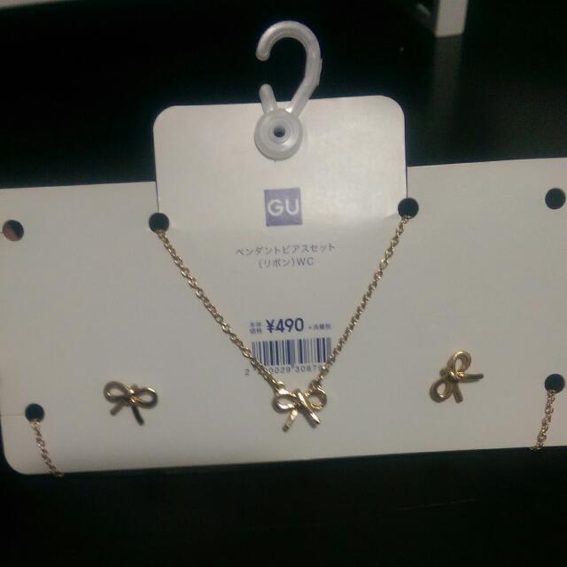 全新 GU 蝴蝶結耳環項鍊組 (賣場滿800就送喔)