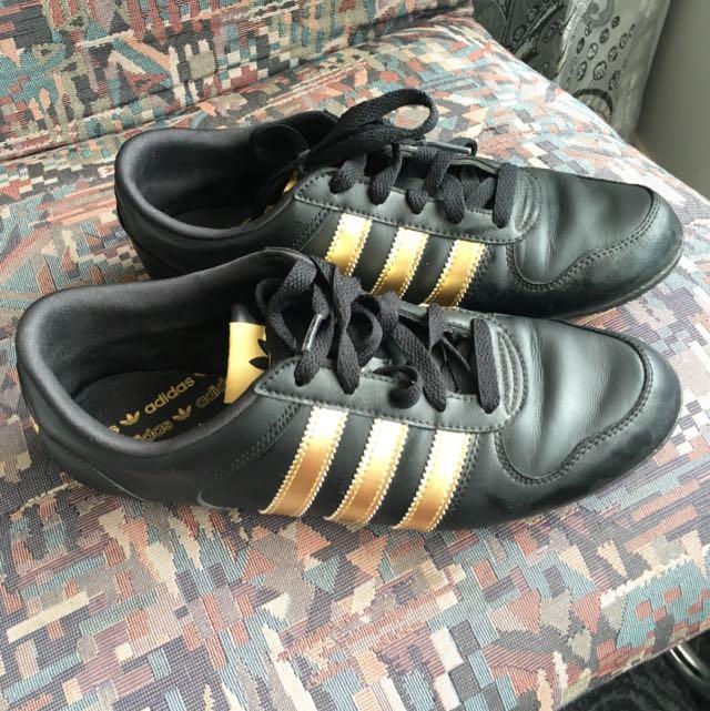 Adidas Runners US 8 / EUR 40