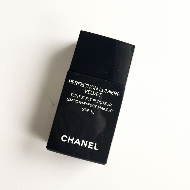 Chanel Perfection Lumiere Velvet 粉底液