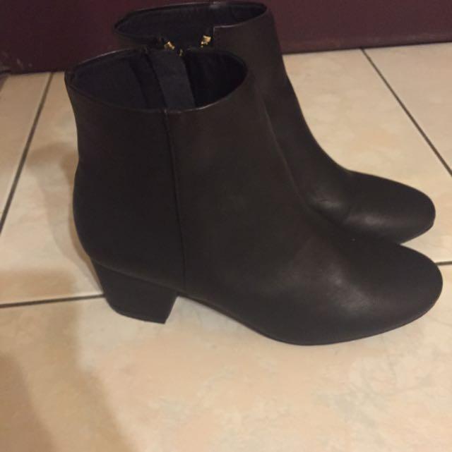 H&M裸靴