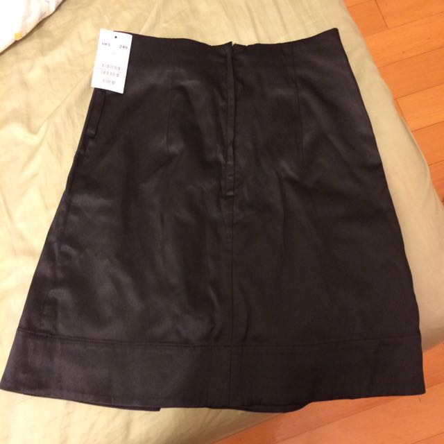 H&M 黑色皮裙