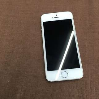 IPhone 5s 16G 銀 (附盒子、充電線、豆腐頭)