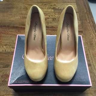Brand new Sugarfree Shoes Size 5-6