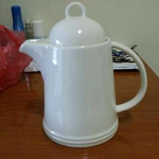 素面純白瓷器茶壺