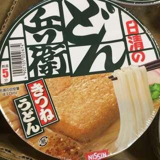 日本日清豆皮泡麵