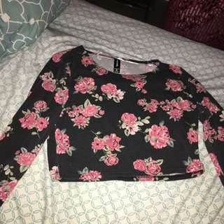 3/4 Sleeve Floral Crop