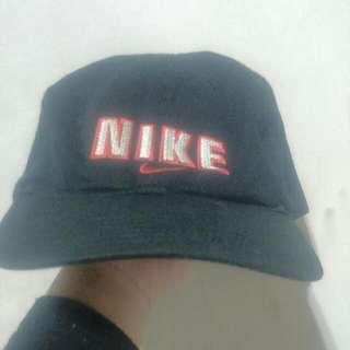 (保留)Nike 老帽  正版 (含運)