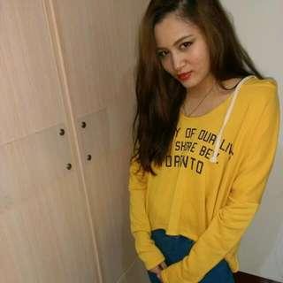 黃色短版帽t