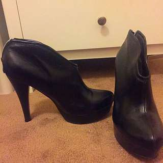 Marco gianni Black Leather Booties