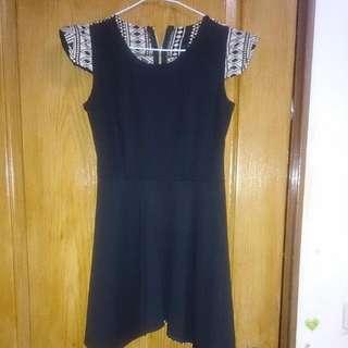 黑色洋裝 原住民圖騰