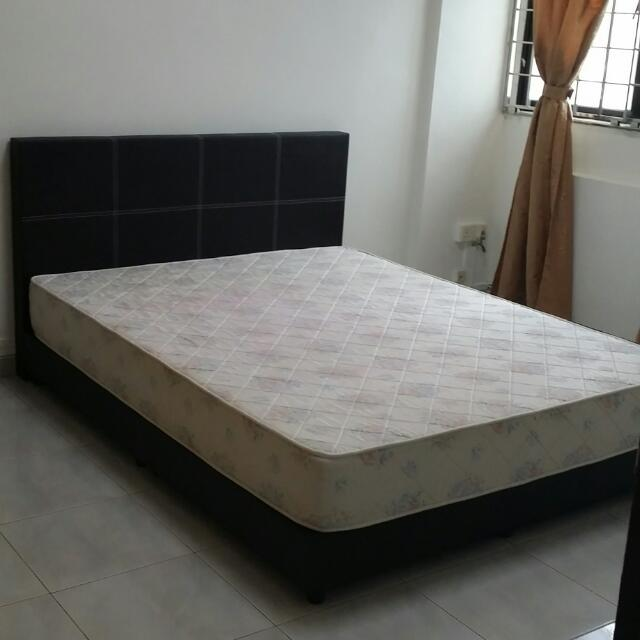 2nd Hand Queen Size Bed Frame Mattress Please Arrange For Own Transportation
