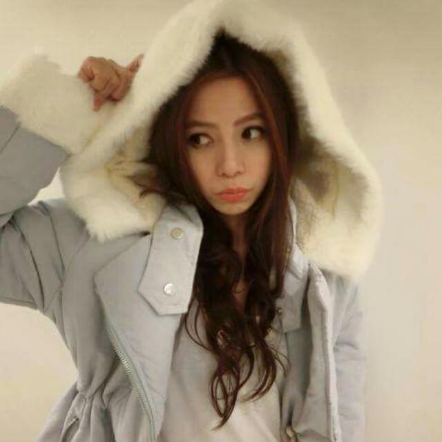 巧巧話 粉藍色舖棉外套 內裏為羊毛 極暖